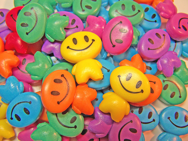 shiny-happy-people-2